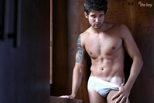 sexy-man-fernando-bacalow-2