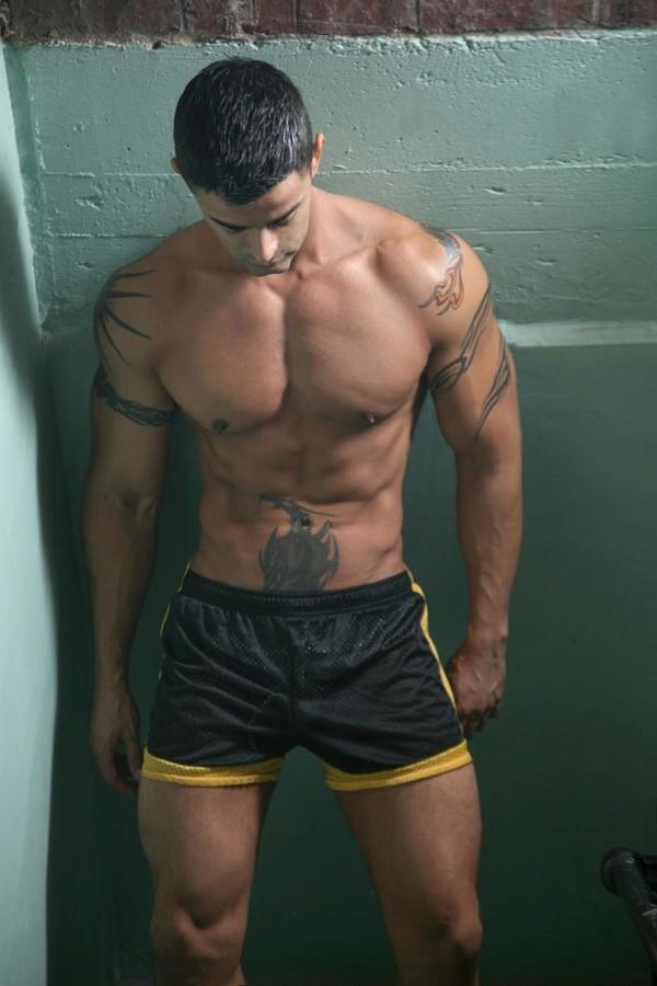 Guys In Shorts 121