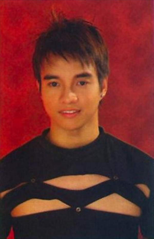 San Pedro Laguna Scandal http://fitness.bf-1.com/male_model/brian-enriquez-boyish-charms-he-has-lots-of-it