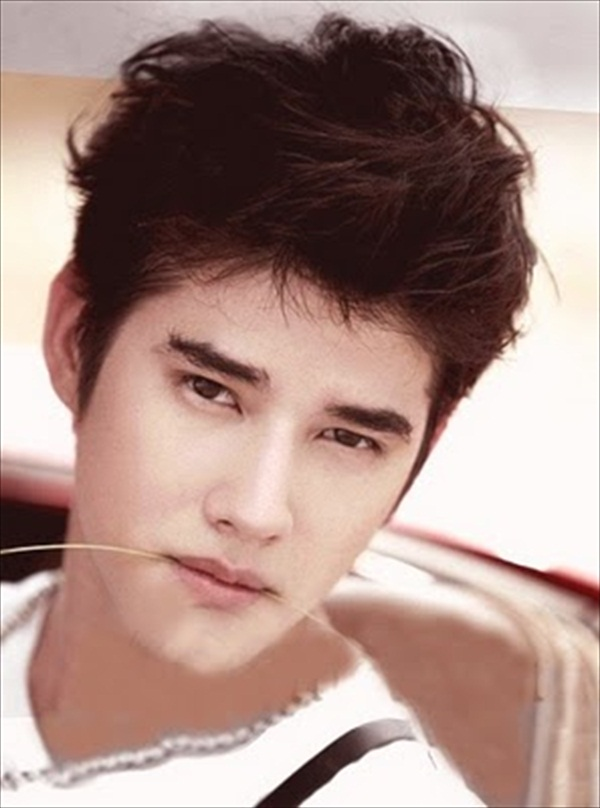 mario maurer girlfriend. miley cyrus hair straight.
