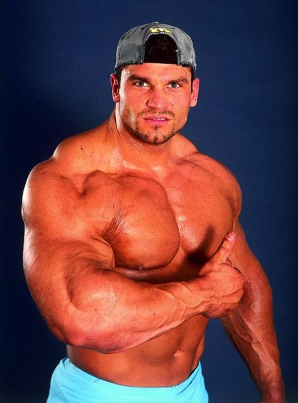 Top Male Hungarian Bodybuilder - Zoltan Voros