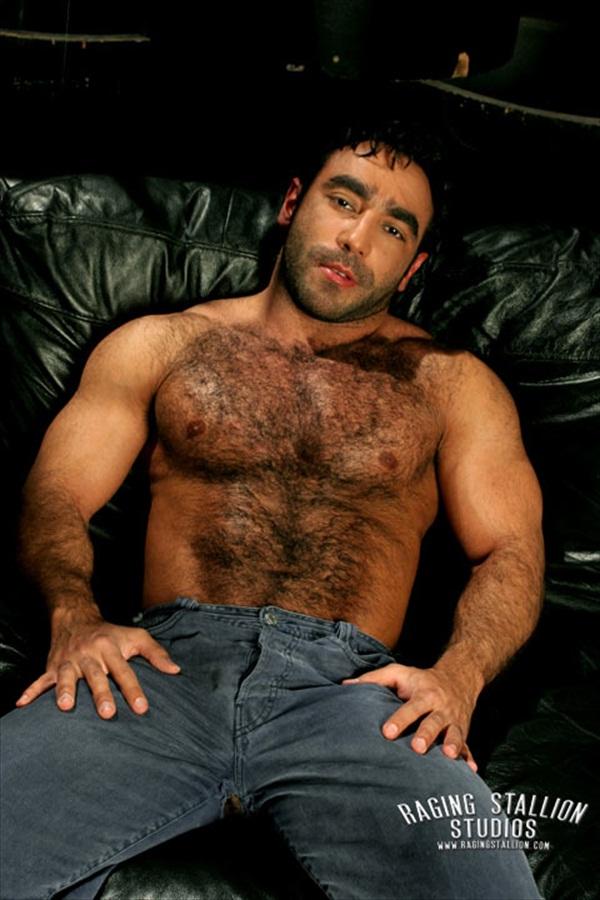голые армянские мужчины фото