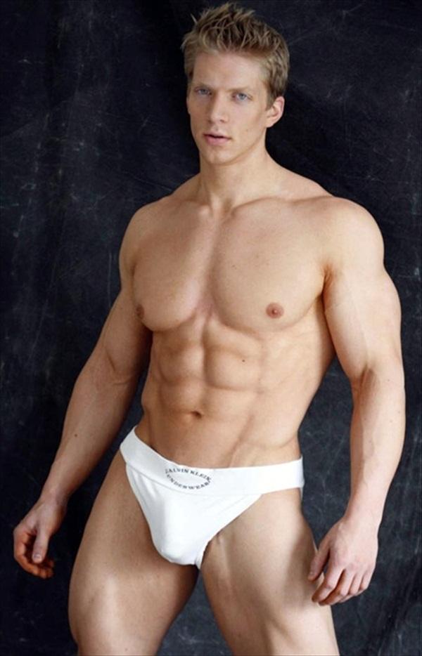 Muscular Stud Spitroasted By Fit Jocks
