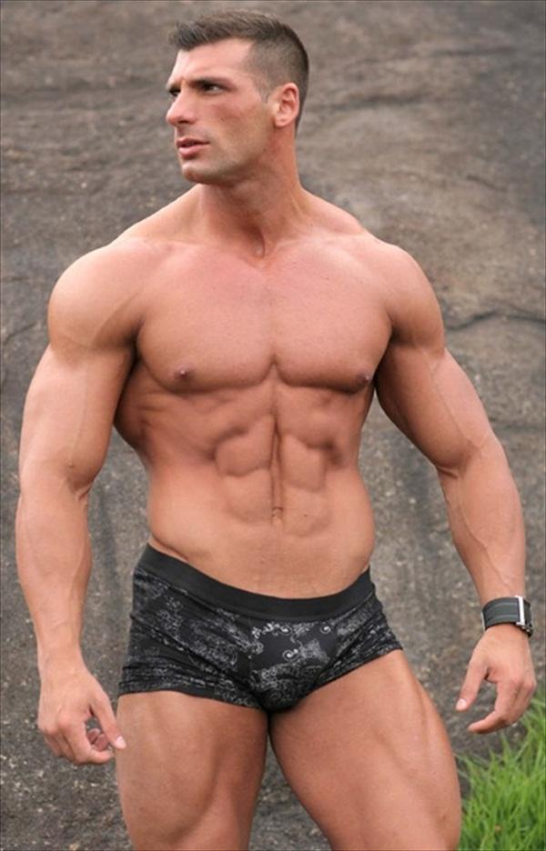 hot musclemen