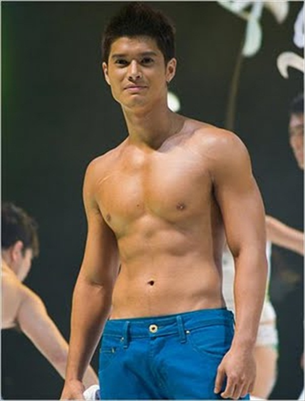 Alex Rodriguez Muscles - 86.7KB