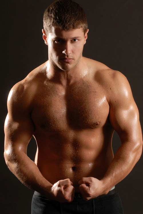 football-muscle-man-andrew-1