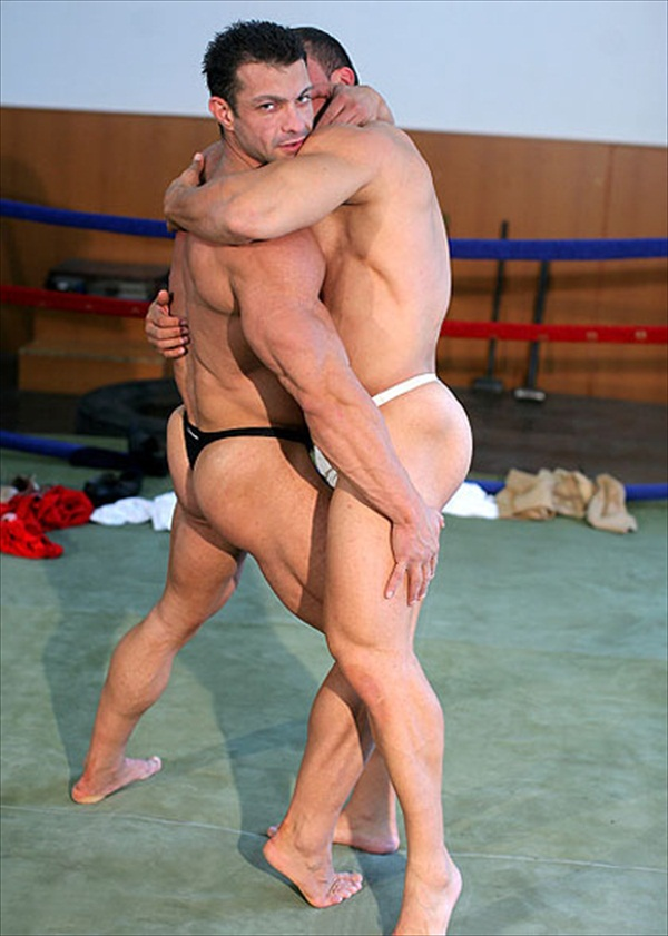 Nude female bodybuilders engaging in wrestling tnaflix porn pics