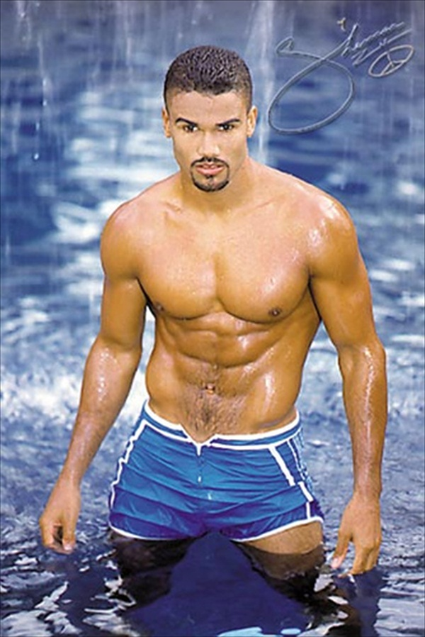 Moore picture sexy shemar