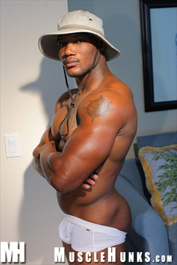 Cheyenne Jackson Nude